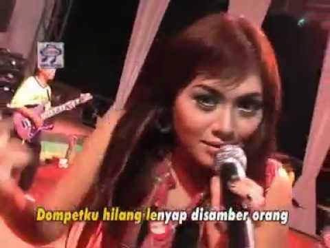Dian Ratih - Layar Tancap [Official Music Video]
