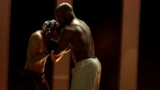 Макс против Кейси.Бой в БАРЕ.Никогда не сдавайся 2(2011)