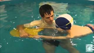видео Плавание - лучшая физкультура для будущих мам!