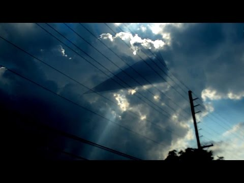 Worlds Best UFOs Of 2014 Full Length Documentary!! Free Watch Now!