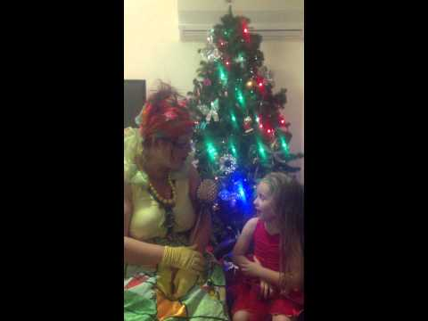 Queen Bee And Princess Lily Chat About The Tooth Fairy And Christmas Things