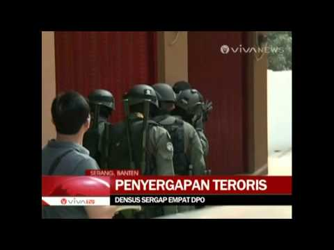 Densus 88 Tangkap Terduga Teroris di Serang