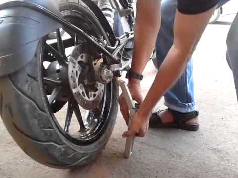 KTM Duke 200 Motorcycle Stand for DIY Chain Clean & Lube.