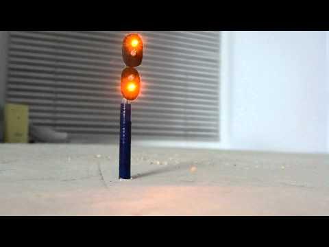 Светофор для ЖД макета