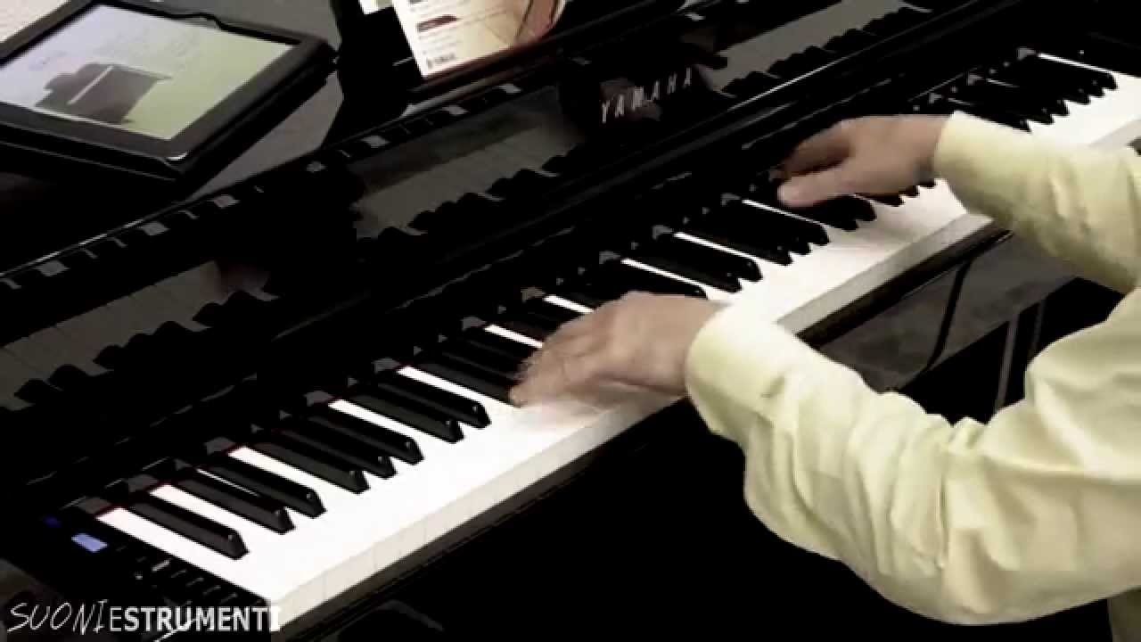 yamaha clavinova clp 535 clp 565 overview youtube. Black Bedroom Furniture Sets. Home Design Ideas