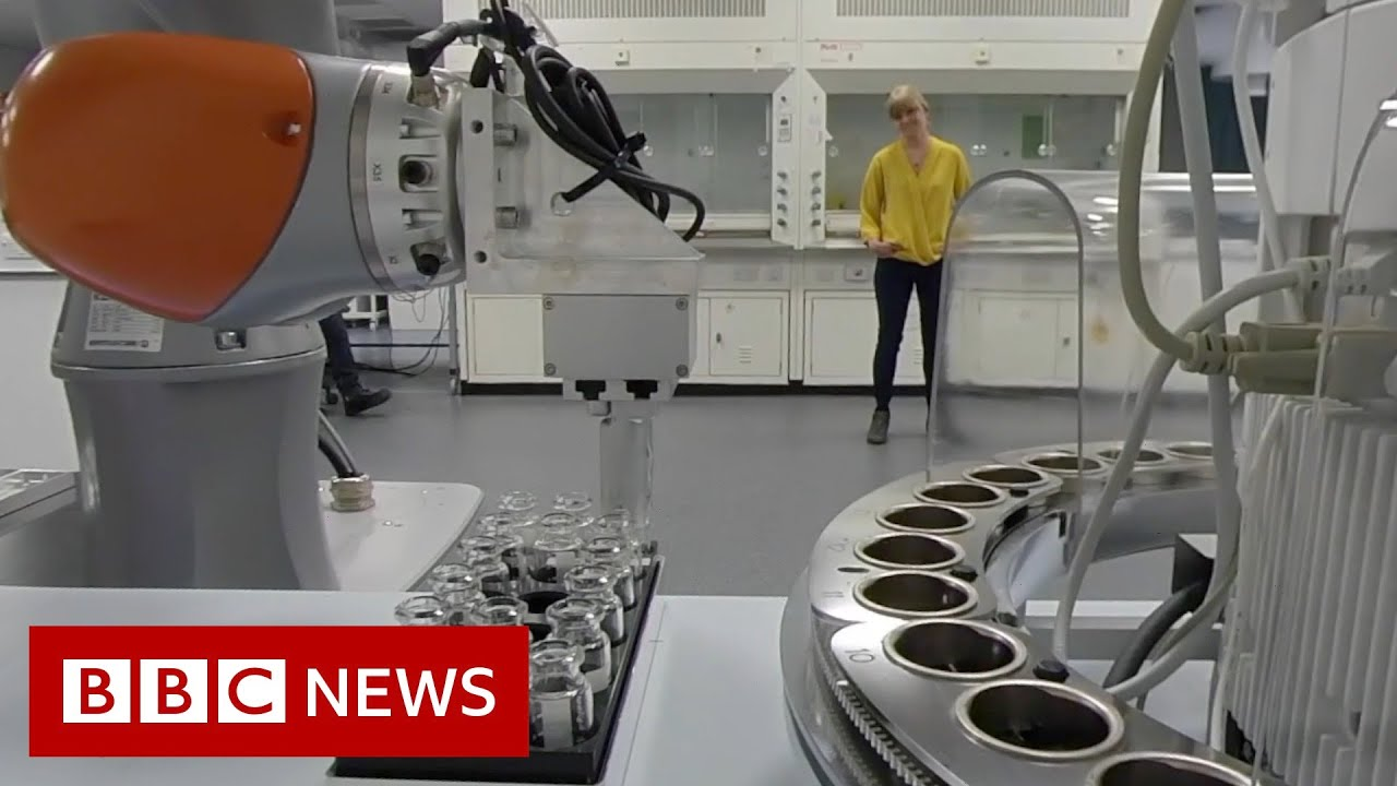 Meet the socially distant robot scientist - BBC News - BBC News