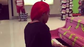 Jhonni Blaze plays the piano live at the airport in Dallas Tx
