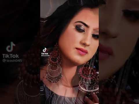 فانزت Alisha Panwar
