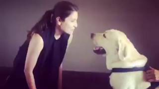 Anushka Sharma Singing Cutiepie To her Dog