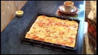 #Пицца с копченой колбасой и карбонадом. #Видеорецепт.