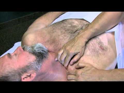 Upper Chest Massage Techniques (Deep Tissue & Relaxing)