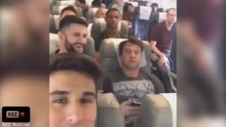 ltimo vdeo feito pelos jogadores da chapecoense j dentro do avio antes da decolagem