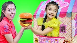 Hana Pretend Play with Ice Creamery Bake Shoppe Kids Tent Toy