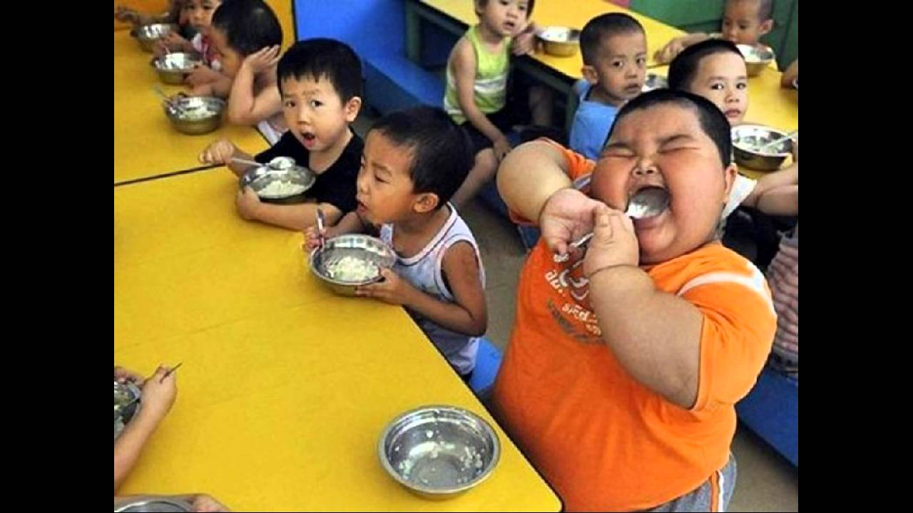 The fattest and skinniest child in the world - YouTube