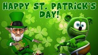 """I'M GREEN"" ☘ Happy St. Patrick's Day from Gummibär ☘ Dancing Gummy Bear"