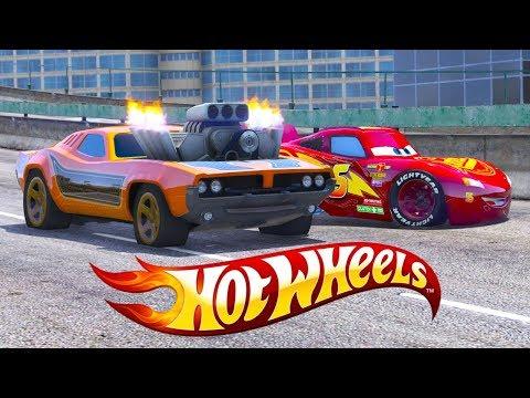 Cars 3 Lightning Mcqueen vs Hot Wheels Rodger Dodger Cars 3 Street Race