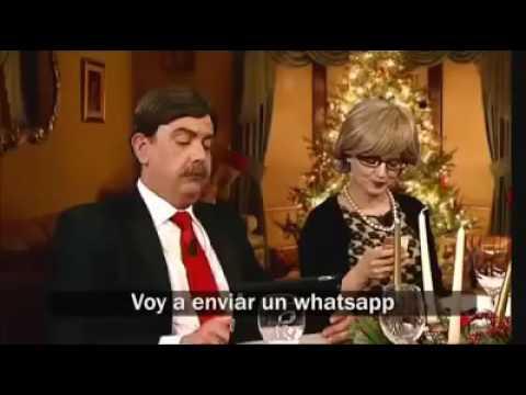El vídeo que se burla de aquellos que no pueden despegarse del móvil