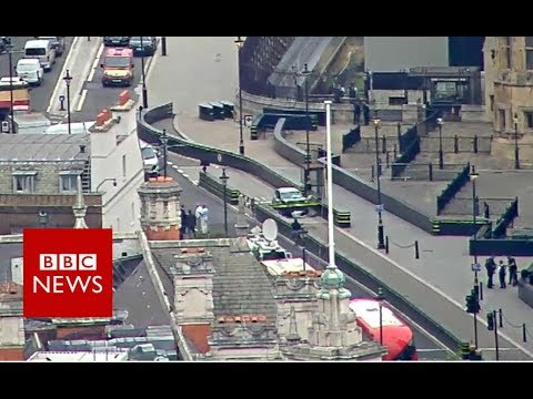 Westminster car crash: Aerial footage of the crash   - BBC News