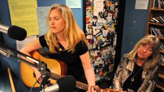 Karen Fowlie sings ... Tell Me. on top of Bby Mt. Sound Therapy Radio show on CJSF90.1 FM.