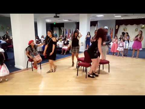 Susan and Rafael's wedding shower: Musical chair game