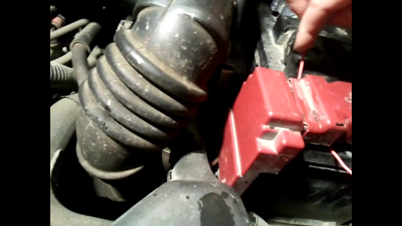 Mitsubishi Colt Cover Battery Terminals Mn108116 Youtube