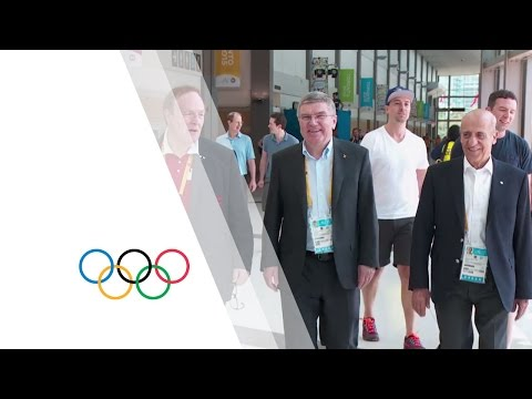 IOC President meets the athletes on the first day of competition at Pan Am Games