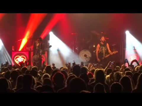 """All Time Low - """"Old Scars/Future Hearts"""" (Live in San Diego 10-21-15)"""