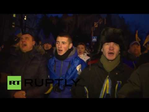 Ukraine: Kiev protests continue following failed no-confidence vote