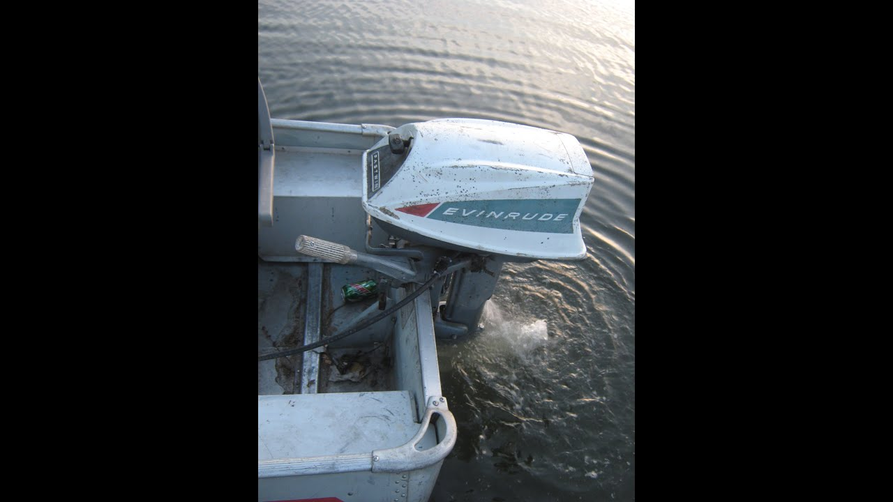 1965 Evinrude 18hp Fastwin outboard motor