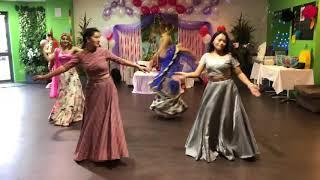Aaja Nachle dance performance