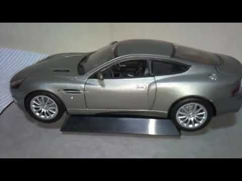 1 18 aston martin v12 vanquish from die another day youtube. Black Bedroom Furniture Sets. Home Design Ideas