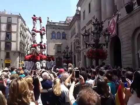 Amazing Human Tower Barcelona 3