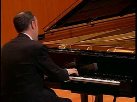 Leon McCawley - Brahms Klavierstücke Op.118. Ballade in G minor