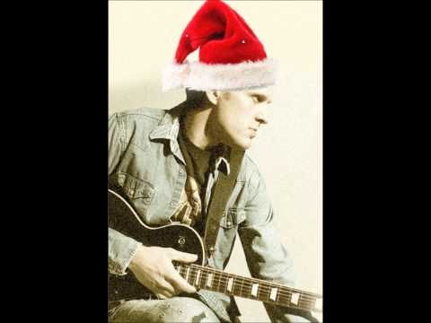 Joe Bonamassa - Santa Claus is back in Town