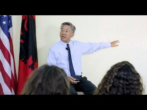 Ora News - Deklarata e fortë e Donald Lu: Nëse qeveria nuk ju përgjigjet, ju rrëzojeni