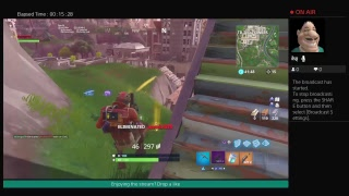 Trying to troll IN FORTNITE BATTLE ROYALE