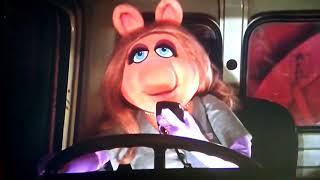 Great Muppet Caper - Miss Piggy CB konuşuyor!