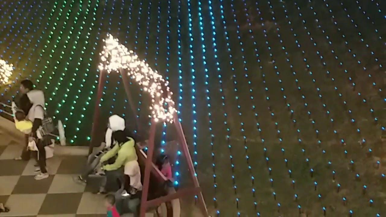 Aeon Mall Jakarta Garden City Taman Lampu At Night Youtube