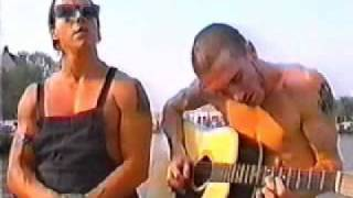 Under the bridge acoustic, RHCP, Anthony Kiedis y John Frusciante