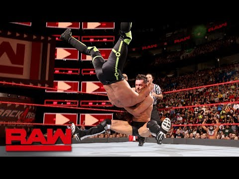 Seth Rollins vs. Finn Bálor - Intercontinental Championship Match: Raw, April 30, 2018