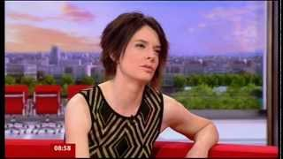 CATRIN FINCH-SILENT NIGHT AND INTERVIEW-BREAKFAST TV-BBC 1-19.DEC.2012.