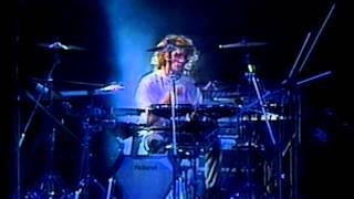Festival de Viña 1987, Soda Stereo, Trátame suavemente