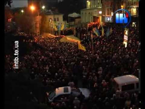 Досі вся країна в траурі за загиблими на Майдані