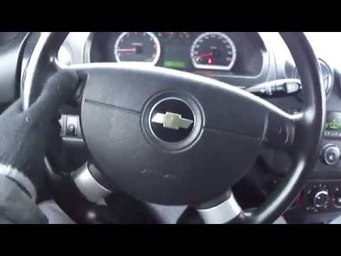 2008 Chevrolet Aveo. Start Up, Engine, and In Depth Tour.