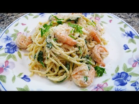 Low Fat Pasta Alfredo with Shrimp and Spinach, Easy and delicious recipe