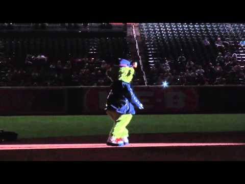 ORBIT Michael Jackson dance