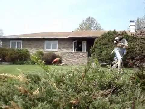 Homeowner Takes Down Ding Dong Ditcher with an Orange