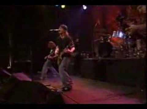 PuDDLe Of MuDD - Out Of My Head (Live 09/09/01)