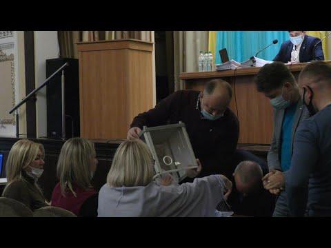 VIKNATV: Депутати не обрали секретаря Калуської міської ради