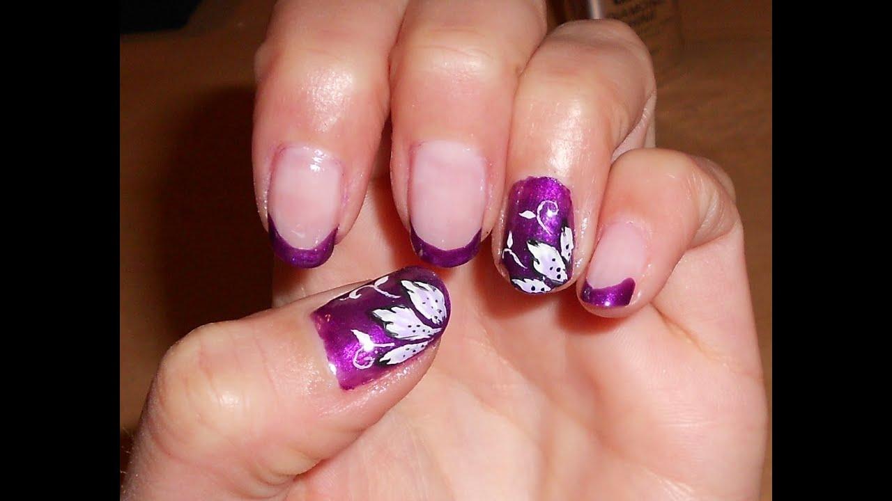 Nail art smalto viola con fiori in micropittura semplici for Fiori semplici